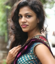 actress-chaitra-hot-stills-at-parinaya-wedding-fair-launch-event-143