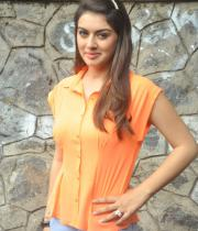 actress-hansika-latest-stills-04