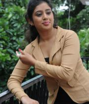 actress-jeevitha-latest-stills-05