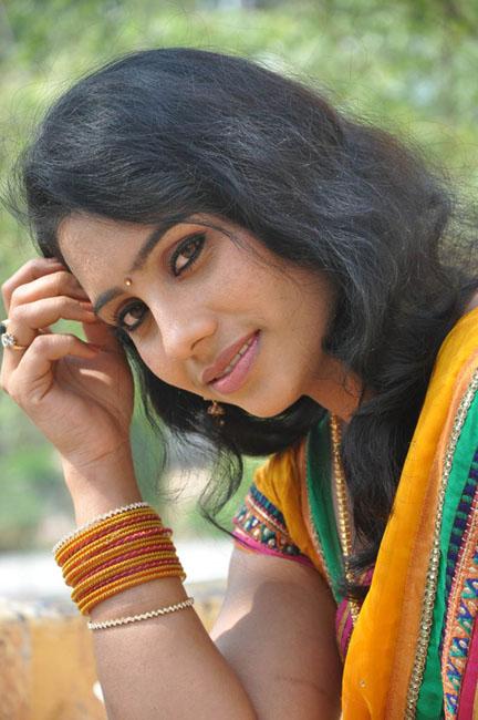 actress-latha-hot-photo-shoot-photos-01