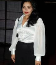 actress-muntaj-at-attarintiki-daredi-audio-launch-10