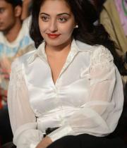 actress-muntaj-at-attarintiki-daredi-audio-launch-19