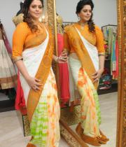 actress-nagma-latest-saree-photos-3