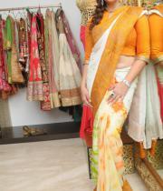 actress-nagma-latest-saree-photos-7
