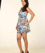 actress-nithya-hot-photo-shoot-pictures-4