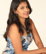 actress-nithya-hot-photo-shoot-pictures-8
