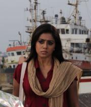 actress-actress-poorna-latest-hot-photos-08