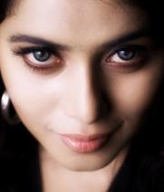 actress-actress-poorna-latest-hot-photos-26