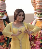 actress-actress-poorna-latest-hot-photos-29