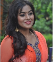 actress-poorna-latest-photos-20
