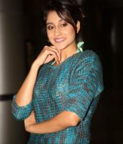 actress-regina-latest-stills-12