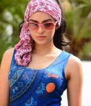 adah-sharma-hot-photos-2