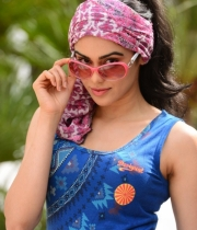 adah-sharma-hot-photos-3