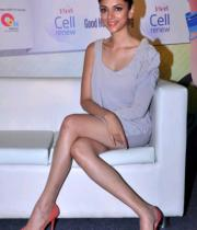 aditi-rao-hydari-launch-vivel-cell-photos-17