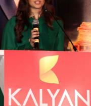 aishwaraya-rai-kalyan-jewellers-store-launch-photos-04