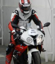 ajith-bmw-s1000rr-bike-stills-06