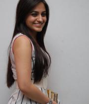 aksha-pardasany-latest-stills-01