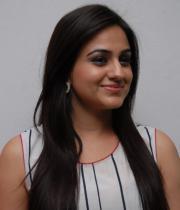aksha-pardasany-latest-stills-11