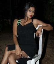 akshida-latest-photos-09