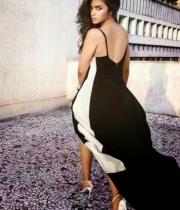 alia-bhatt-hot-photo-shoot-for-vogue-magazine-05