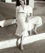 alia-bhatt-hot-photo-shoot-for-vogue-magazine-10