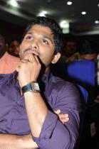 allu-rama-lingaiah-award-2012-photos-01