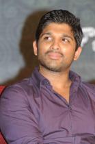allu-rama-lingaiah-award-2012-photos-05