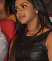 amala-paul-at-iddarammayilatho-audio-launch-stills-photos-9