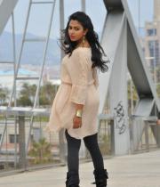 amala-paul-latest-photos-in-jeans-25