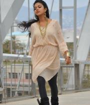 amala-paul-latest-photos-in-jeans-26