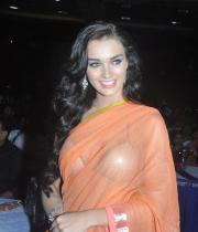 amy-jackson-hot-stills-in-transparant-saree-1