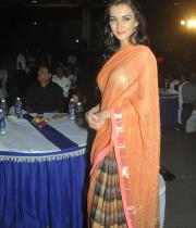 amy-jackson-hot-stills-in-transparant-saree-11