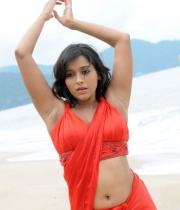 rashmi-gautam-hot-navel-show-pics-_3_