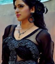 anchor-udaya-bhanu-photo-shoot-3