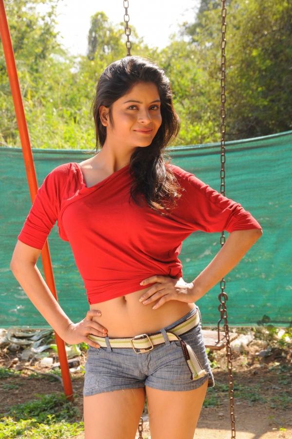 anukunnadi-okati-ayyindi-okati-movie-stills-17