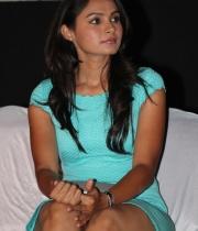 actress-andrea-jeremiah-hot-stills-9