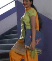 actress-anjali-in-her-first-film-pics-06
