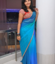 anjali-new-photos-16