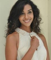 anu-priya-at-potugadu-movie-press-meet-1