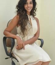 anu-priya-at-potugadu-movie-press-meet-20