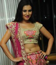 actress-anu-smruthi-hot-stills-07