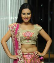 actress-anu-smruthi-hot-stills-10