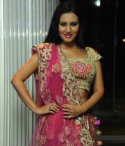 actress-anu-smruthi-hot-stills-11