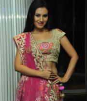 actress-anu-smruthi-hot-stills-16