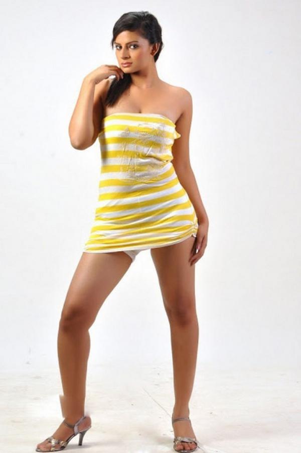 anuhya-reddy-hot-photo-stills-03