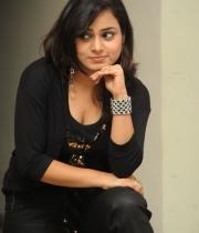 anusha-new-photo-stills-102