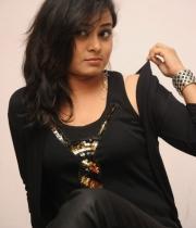 anusha-new-photo-stills-105