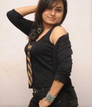 anusha-new-photo-stills-114