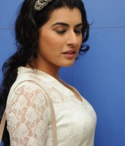 archana-at-kamaltho-naa-prayanam-trailer-launch-9