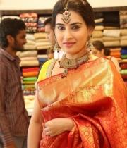 archana-beautiful-saree-photos11